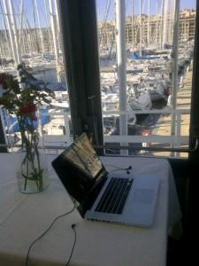 Le nouveau bureau (temporaire) de ma petite entreprise.